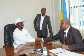 Dr.Frank Habineza, handed in Credintials to NEC