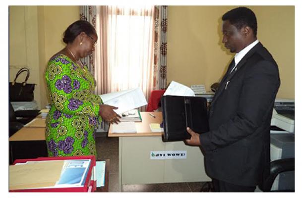 Umuyobozi wa Green Party ubwo yageza ubusabe ku Inteko Ishinga Amategeko